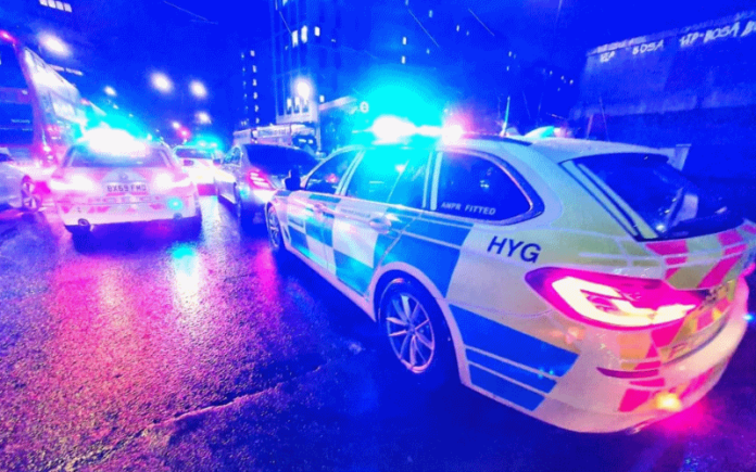 Police cars at night   Hillingdon Today